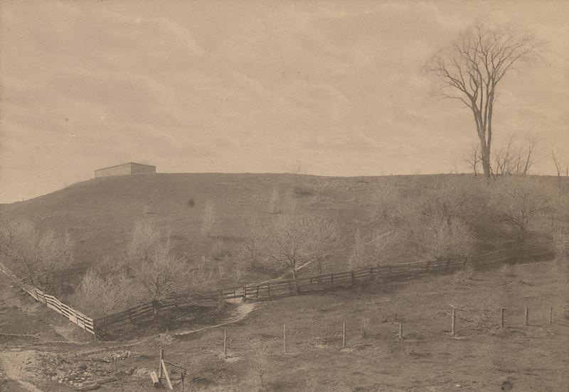 RR Sallows photo of Tiger Dunlop Tomb, Gairbraid