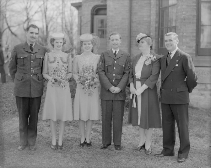 Henderson Collection wedding photo of Sgt. Cecil R. Holmes and Lorraine Eleanor Atkinson