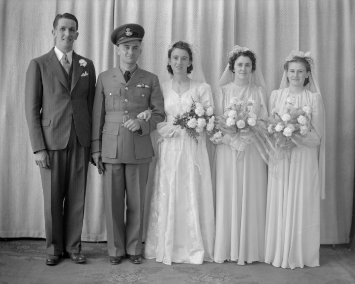 Henderson Collection wedding photo of Helen Marguerite Miller and Roy Wagner